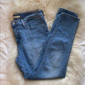 Levi's Women's 311 Shaping Skinny Jeans